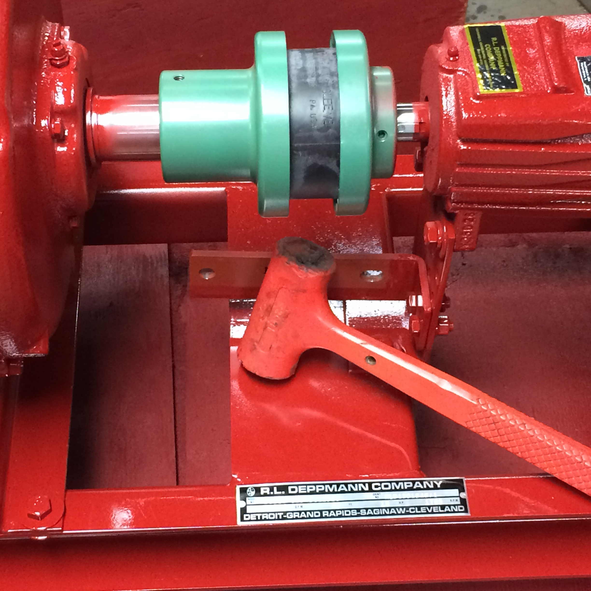 HVAC centrifugal pump coupling types close split flexible pros and cons